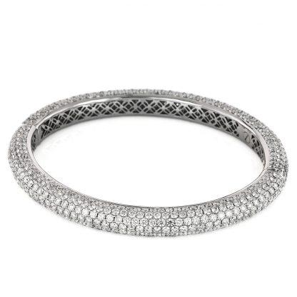 18 kt white gold bangle with 385 diamonds 5A178W8-1