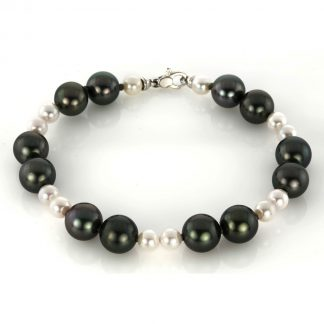 18 kt white gold bracelet with 24 pearls 5A040W8-1