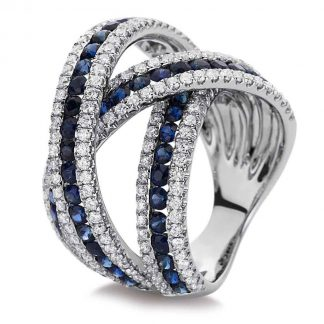 18 kt white gold color stone with 197 diamonds