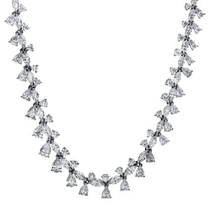18 kt white gold necklace with 278 diamonds 4E124W8-1