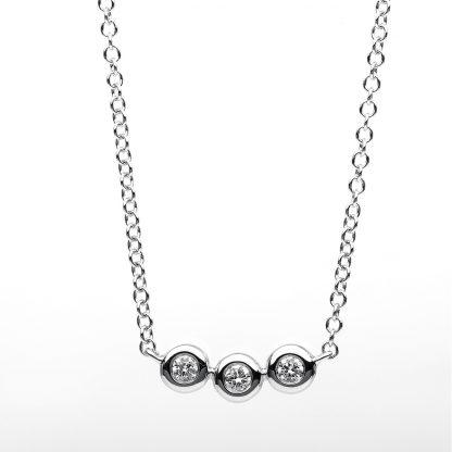 18 kt white gold necklace with 3 diamonds 4B183W8-1