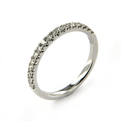 White gold ring with diamonds 43555 01