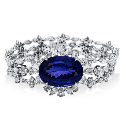 18 kt white gold bracelet with 180 diamonds