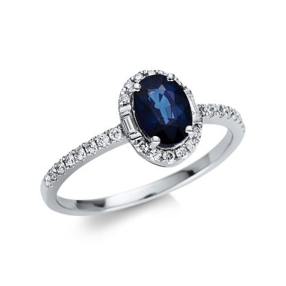 18 kt white gold color stone with 30 diamonds