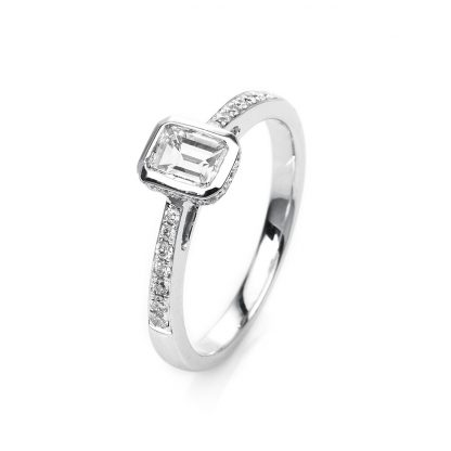 18 kt white gold solitaire with side stones with 33 diamonds 1H660W854-2