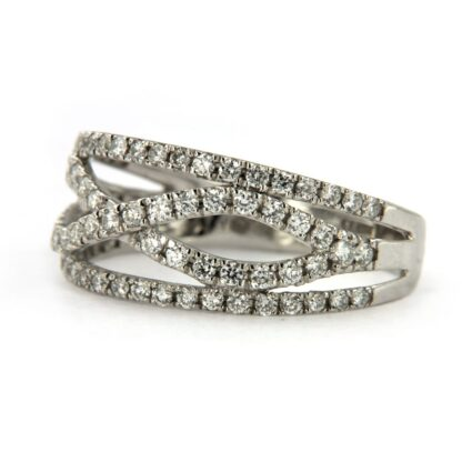 White gold ring with diamonds 34962 01