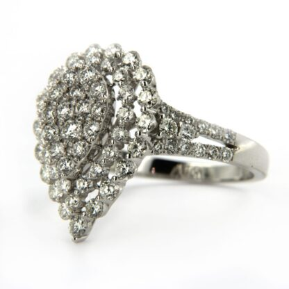 White gold ring with diamonds 40600 01
