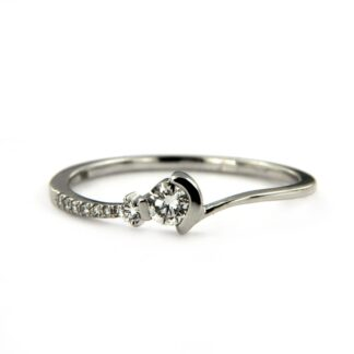 White gold ring with diamonds 42398 01