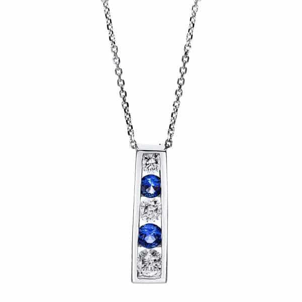14 kt fehérarany nyaklánc 5 gyémánttal