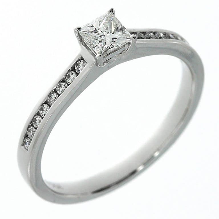 14 kt fehérarany szoliter oldalkövekkel 17 gyémánttal 1A197W453-2