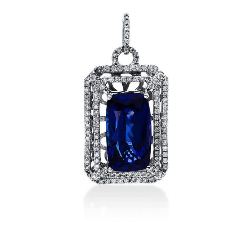 18 kt fehérarany medál 117 gyémánttal