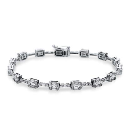 18 kt white gold bracelet with 180 diamonds 5C049W8-1