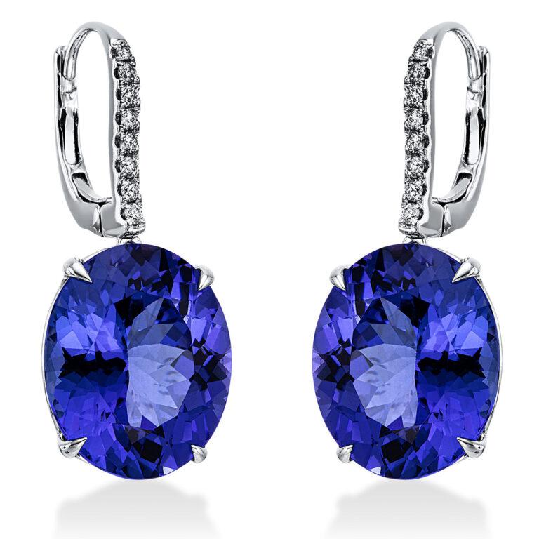 14 kt fehérarany fülbevaló 16 gyémánttal